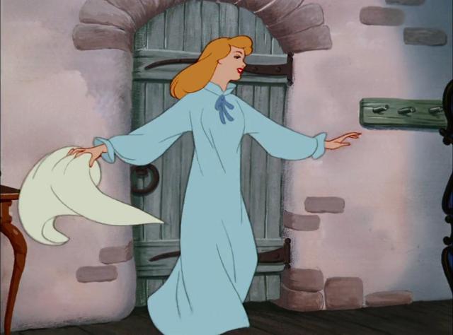 File:Cinderella-512.png