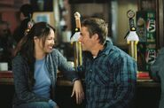 Moon-bloodgood-&-paul-walker-eight-below