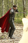 Once Upon a Time - 5x08 - Birth - Released Image - Arthur with Excalibur 2