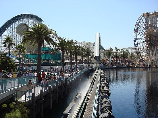 File:California Screamin launch zone.jpg