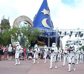 File:Stormtrooper Parade.jpg