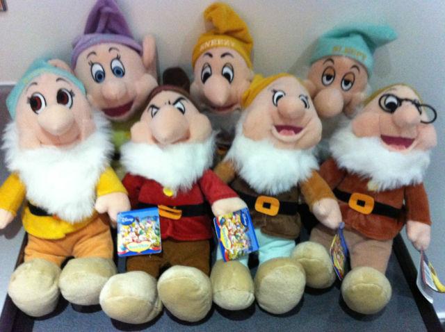 File:Dwarfs plushes.jpg