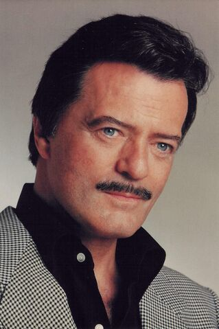 File:Robert Goulet photo.jpg