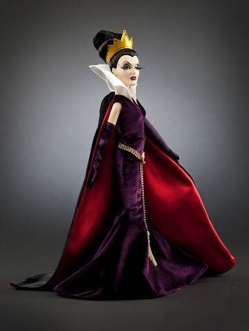 File:TheEvilQueenDisneyVillainsCollection.jpg
