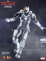 902173-iron-man-mark-xxxix-starboost-003