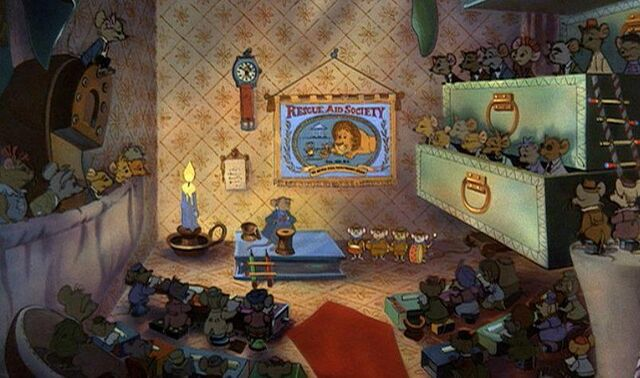 File:Hidden Mickey in Rescuers.jpg