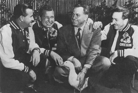 File:Leo Harris and Walt Disney.jpg