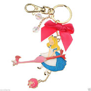 Alice flamingo necklace