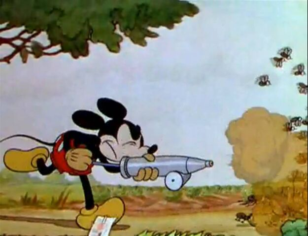 File:Mickey's Garden 1.jpg