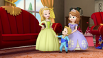 Two princess and a baby1018