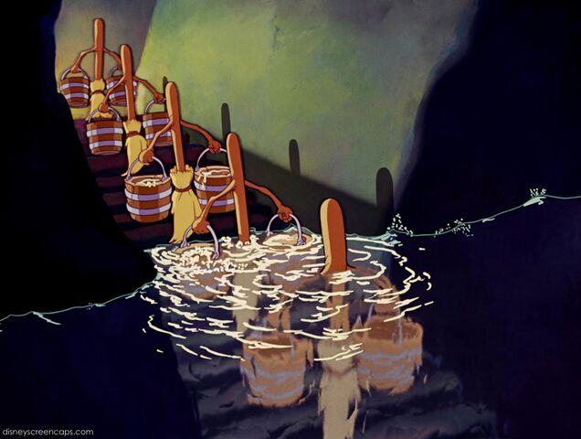 File:Fantasia-disneyscreencaps com-2660.jpg