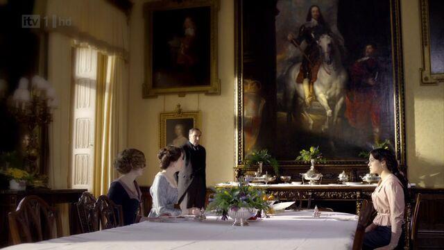 File:Dining room1.jpg