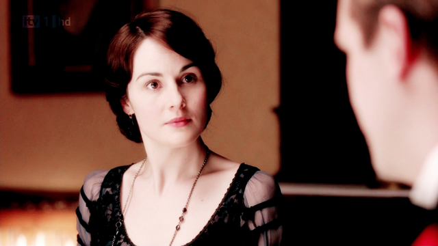 File:Downtonabbey2x01.png