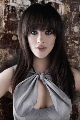 File:Jessica-brown--findlay.jpg