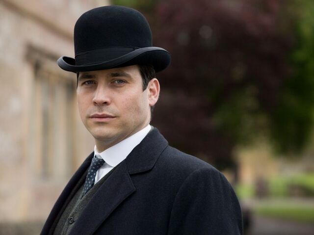 File:Downton-abbey-season-5-thomas.jpg