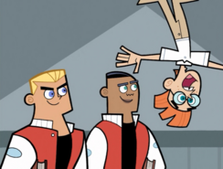 S01e03 Mikey falls off wall
