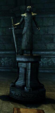 File:Archon Hessarian Statue.jpg