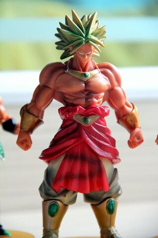 File:Broly frompiccolobardockset a.jpg