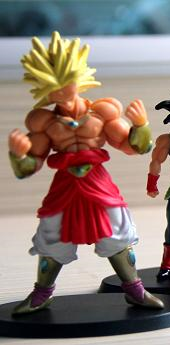 File:Broly figMovies TVSpecials SP 2009.PNG