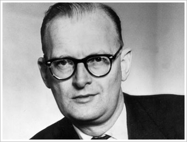 File:Q-photo-arthur-c-clarke-11.jpg