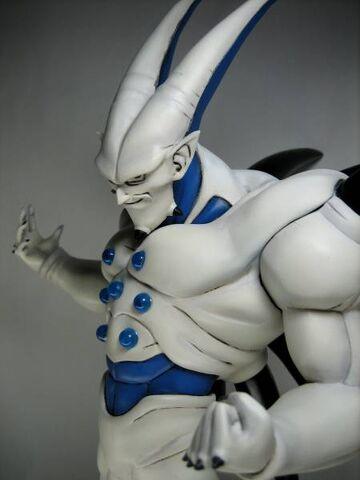 File:Omega statue d.jpg