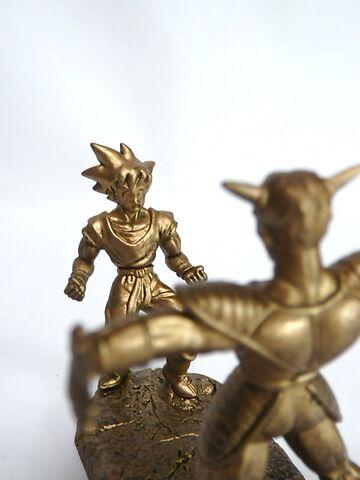 File:Megahouse-gold-ginyu-goku-b.JPG