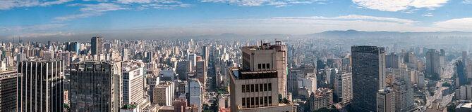 Panoramic view of Sao Paulo (cropped)