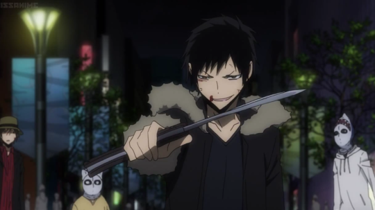 image izaya with his foldable kukripng durarara