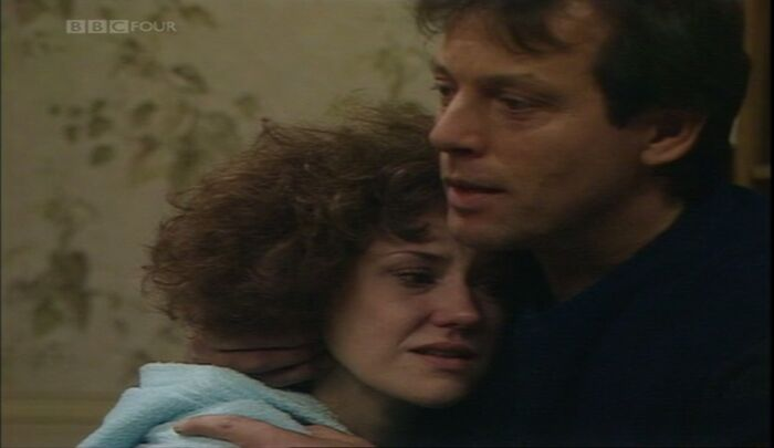 Angie tells Den Watts she has Cancer (16 October 1986)