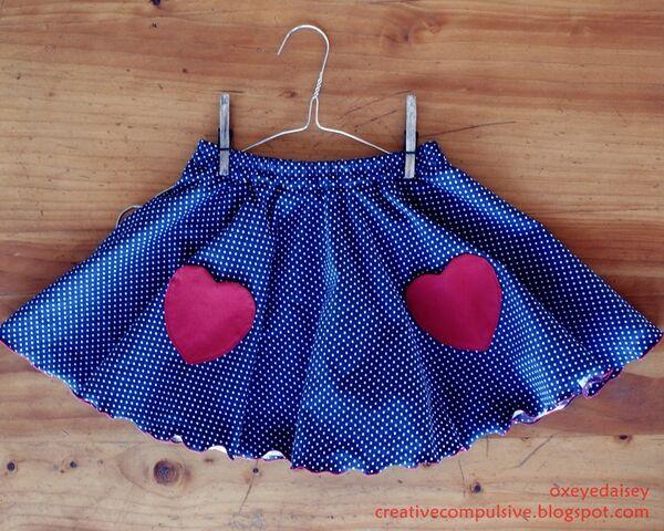 File:Circleskirt.JPG
