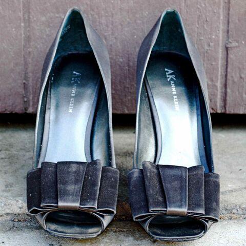 File:Shoes thumbnail.jpg