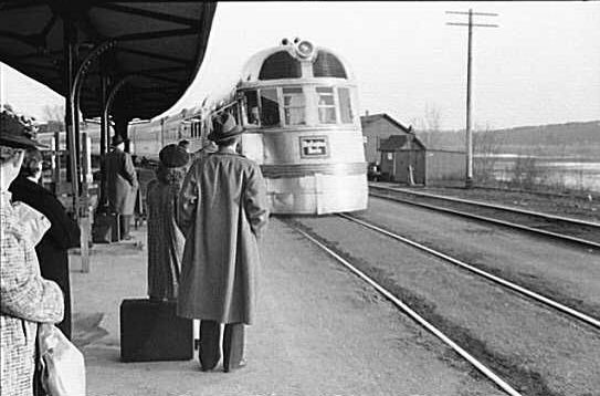 Datei:The Burlington Zephyr. East Dubuque, Illinois, LOC image.jpg