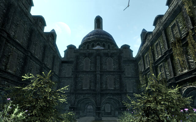 File:Blue palace.jpg