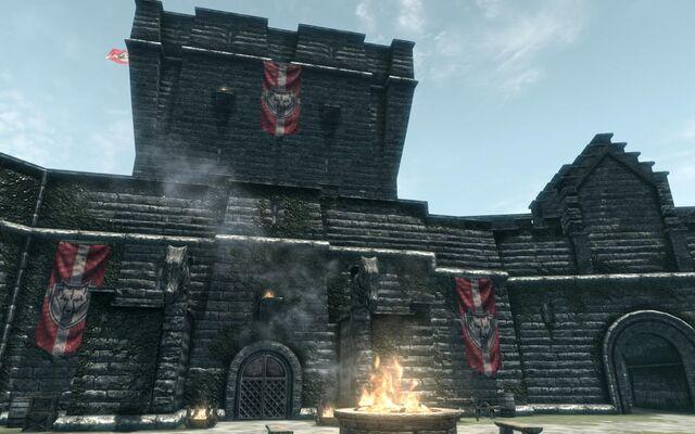 File:CastleDourInterior01.jpg