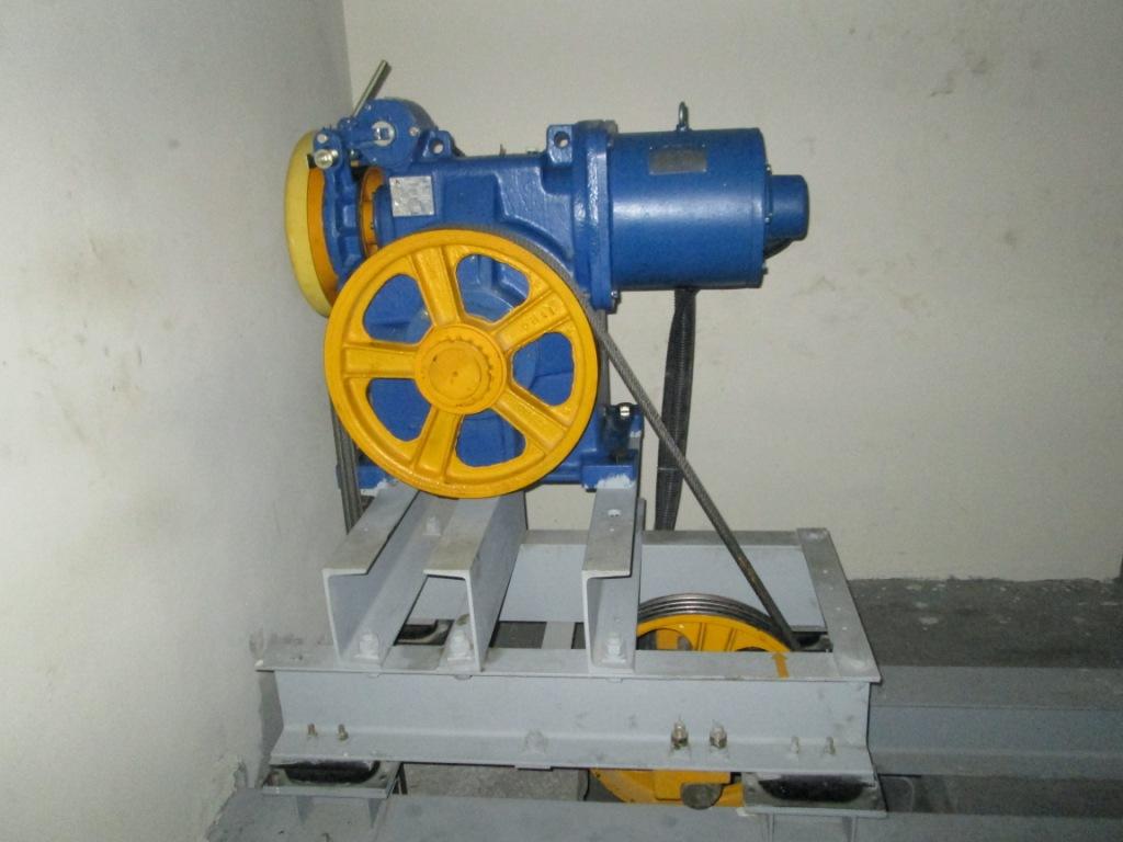 Image Sigma Elevator Gearless Traction Motor Jpg