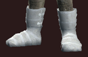 Reverent Curate's Plate Boots (Equipped)