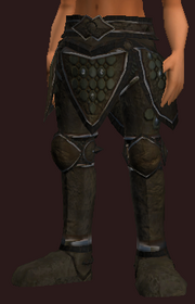 Plate Greaves of the Circling Destiny (Equipped)