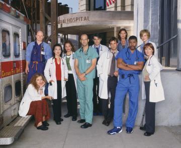 File:ER-Cast-season 7-8-737484.jpg