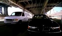Grand Theft Auto 2 The Movie - Automóvil negro aparcado