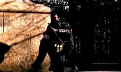 Grand Theft Auto 2 The Movie - Rodillazo al Cuello rojo
