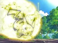 Archivo:EP433 Pikachu usando placaje eléctrico (2).png