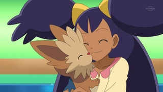 Archivo:EP675 Iris acariciando a Lillipup.png