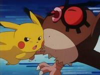 Archivo:EP133 Pikachu golpeando a Hoothoot.png