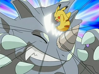 Archivo:EP519 Pikachu usando cola férrea.png