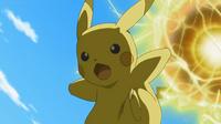 EP903 Pikachu usando bola voltio.png