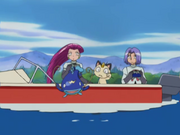 EP351 Whiscash pequeño salta frente a Team Rocket.png