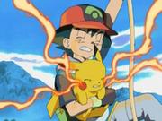 EP277 Pikachu y Ash subiendo por la cuerda.png