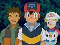 Archivo:EP569 Ash, Brock y Maya.png