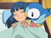 Archivo:EP569 Piplup despertando a Maya.png