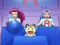 Archivo:EP553 Team Rocket en la sala de control de la máquina.png